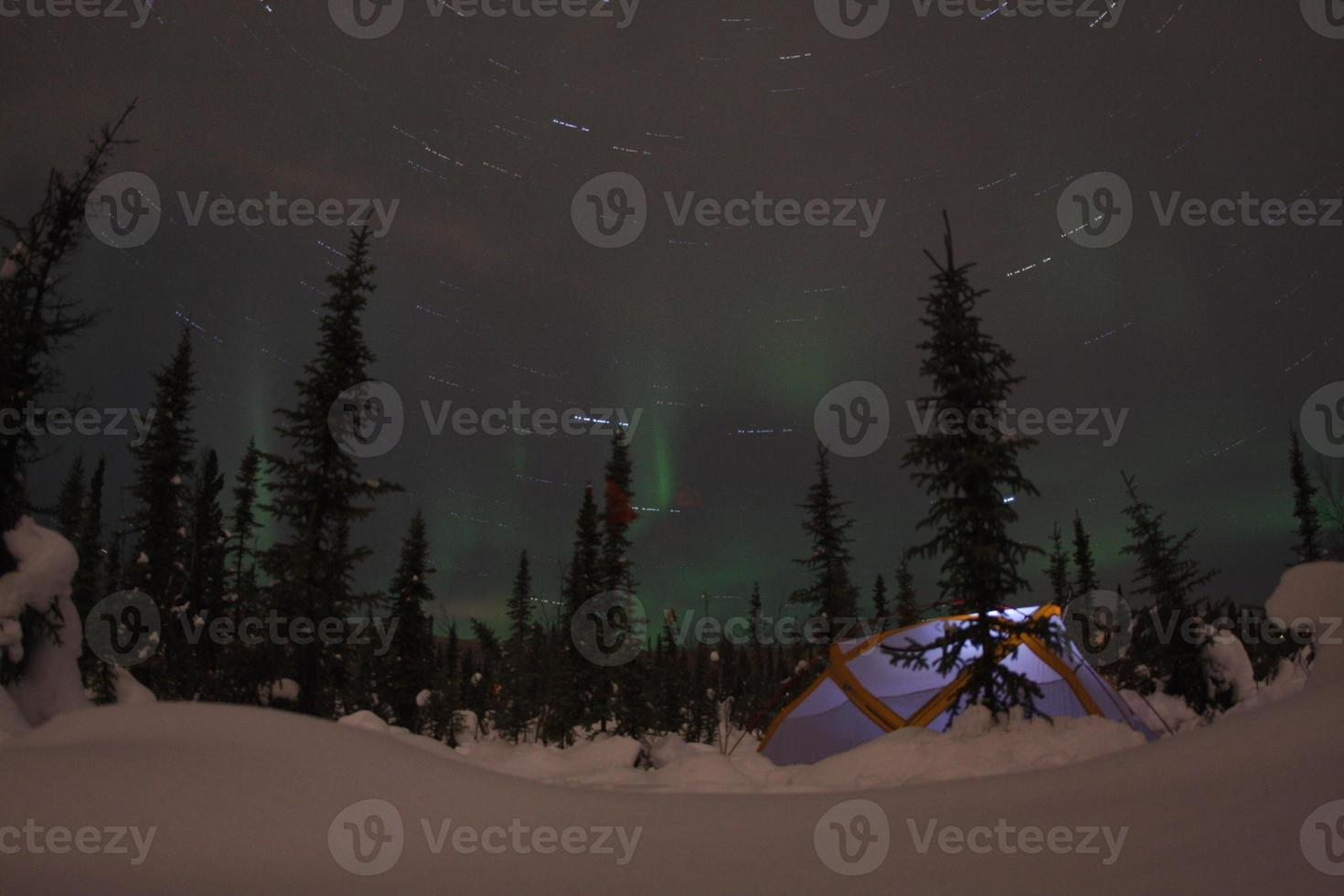 campamento de la aurora boreal foto