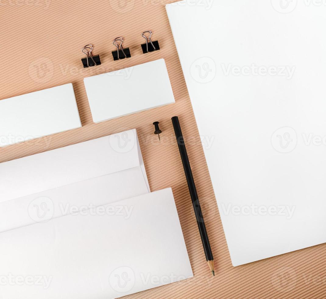 conjunto de identidad en blanco foto