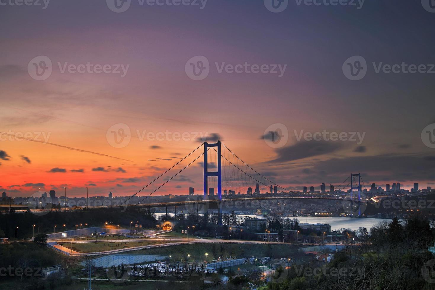 Boğaziçi Köprüsü photo