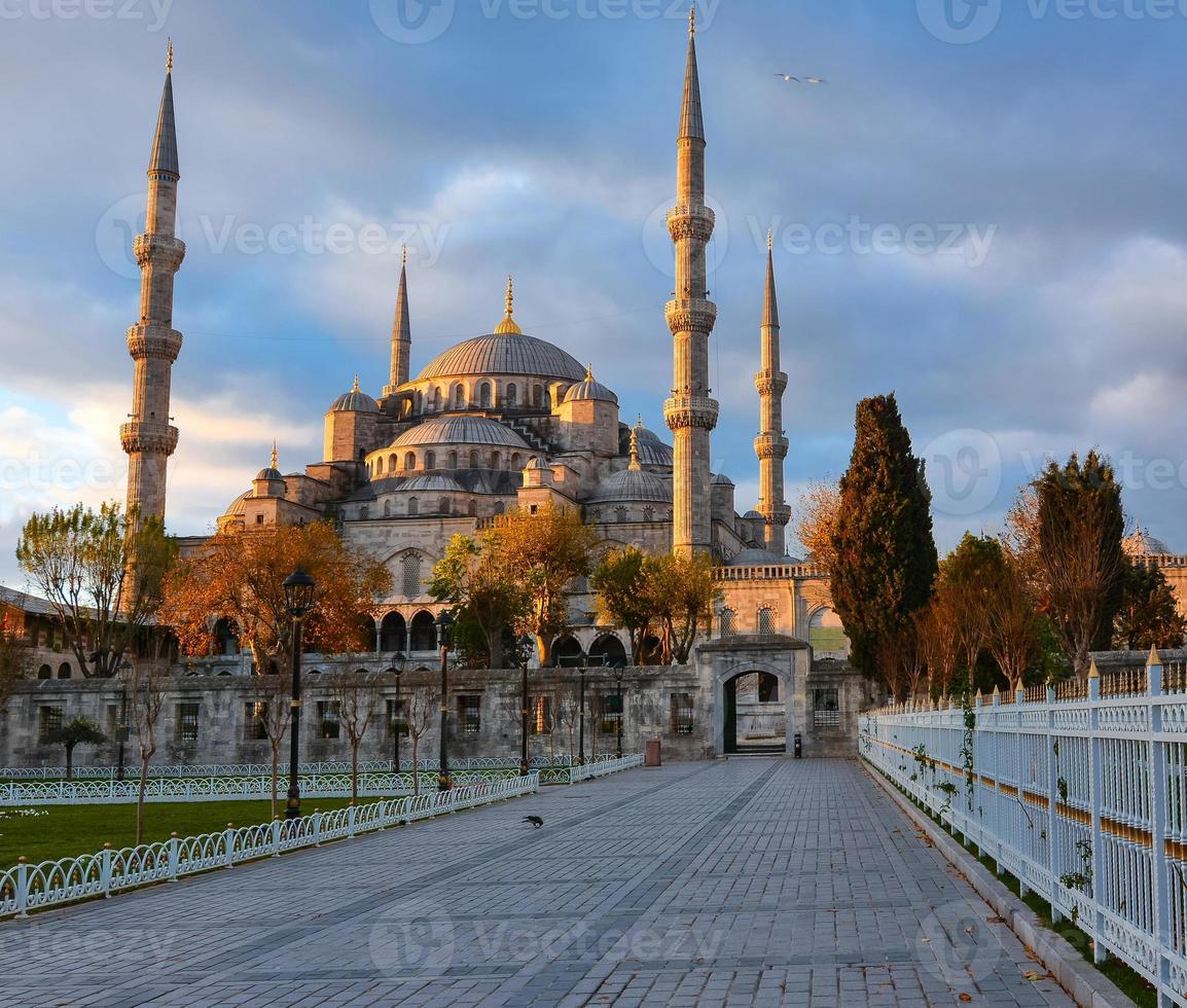 Blue Mosque, Istambul into sunrise lights photo