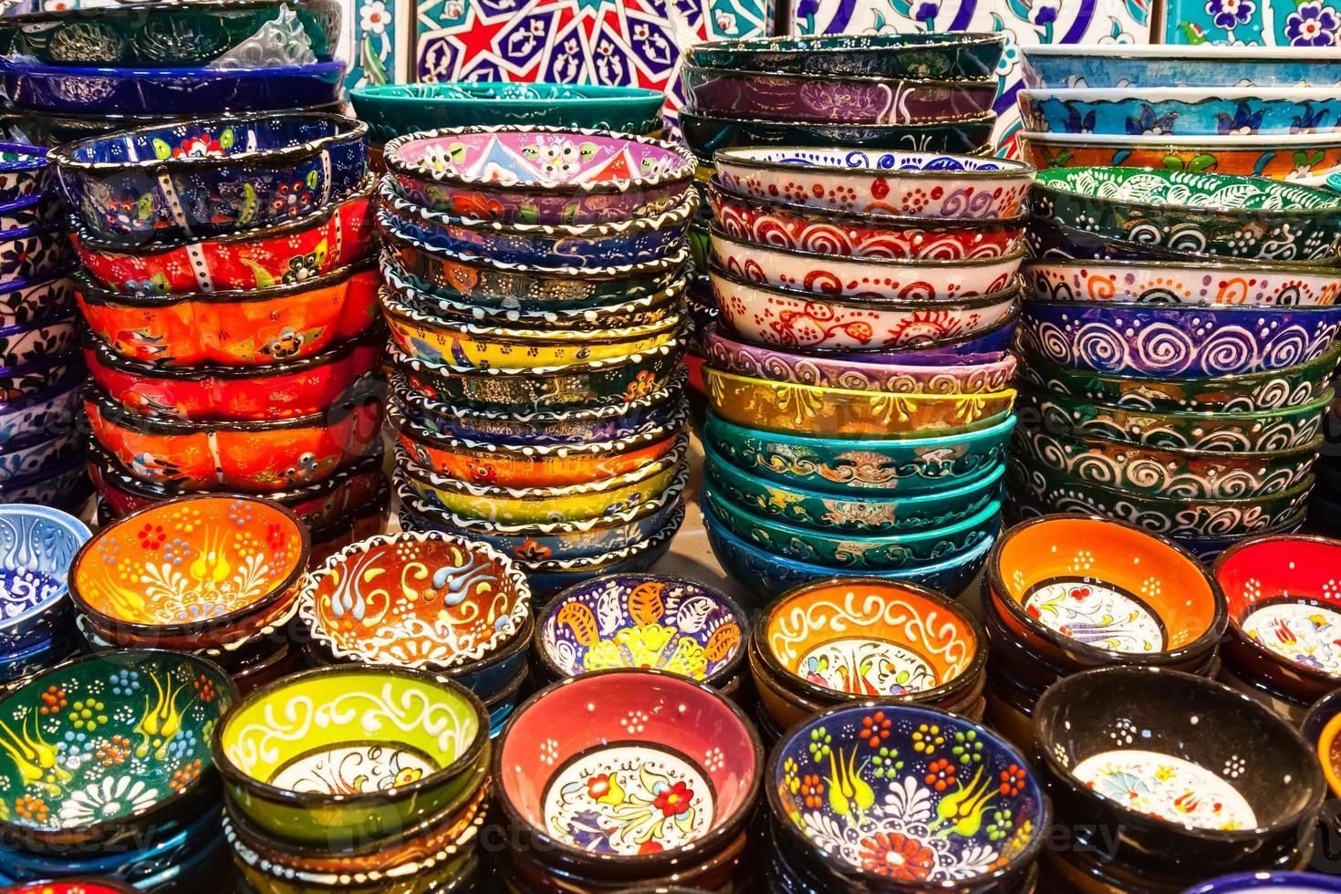 Classical Turkish ceramics on the market photo