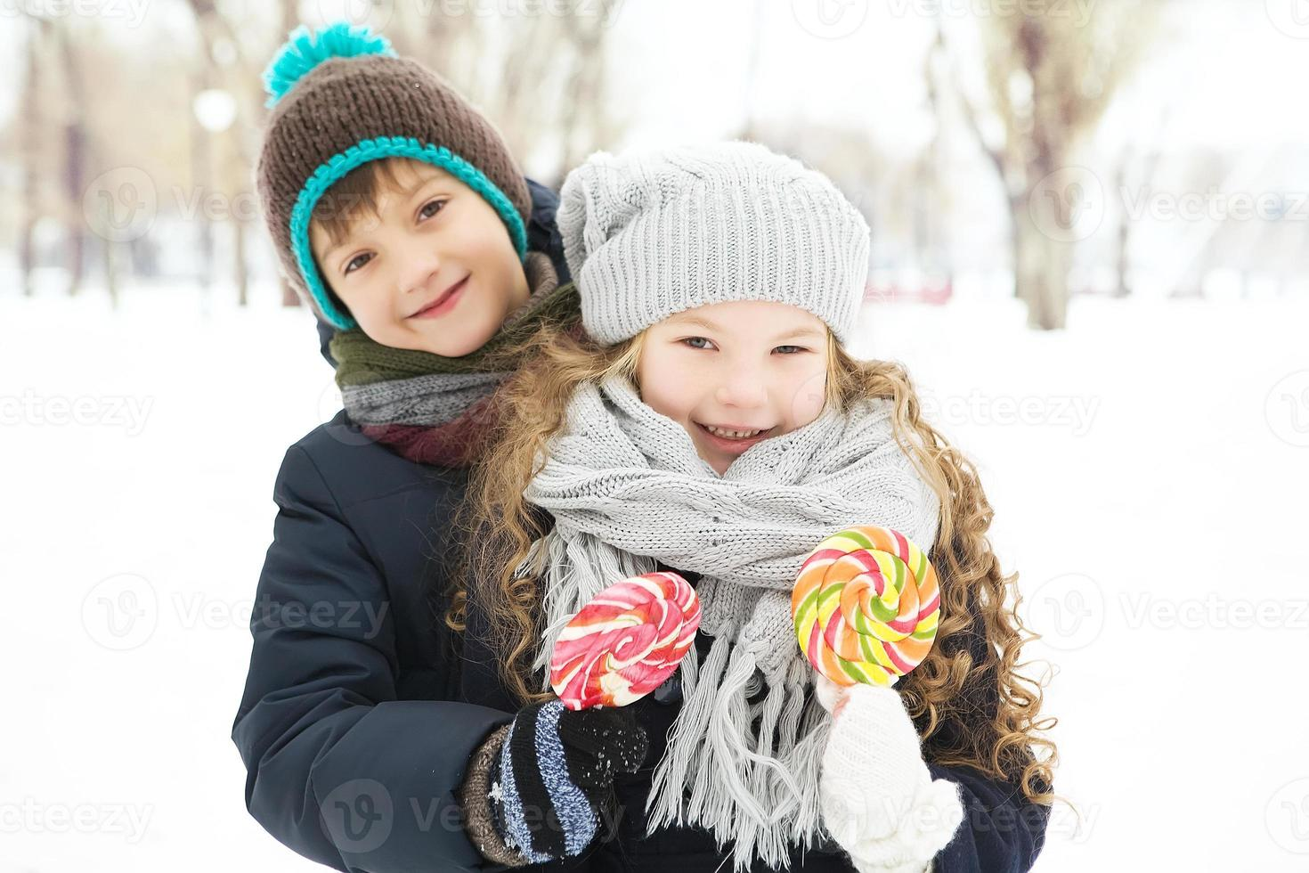 Kids boy and girl played together. photo