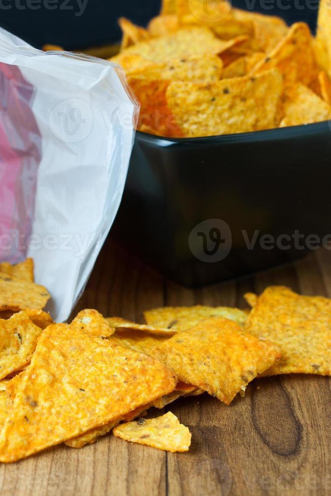 chips de tortilla de queso nacho foto