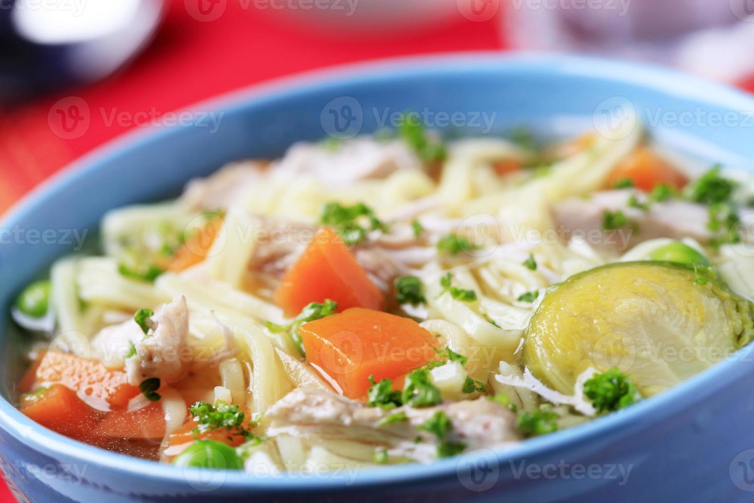 sopa de pollo foto