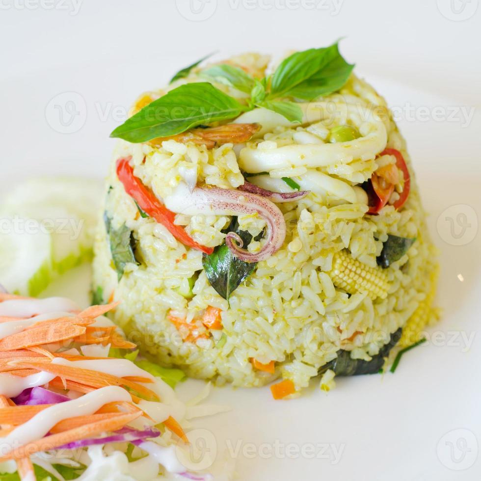 Fried rice with chicken green curry photo