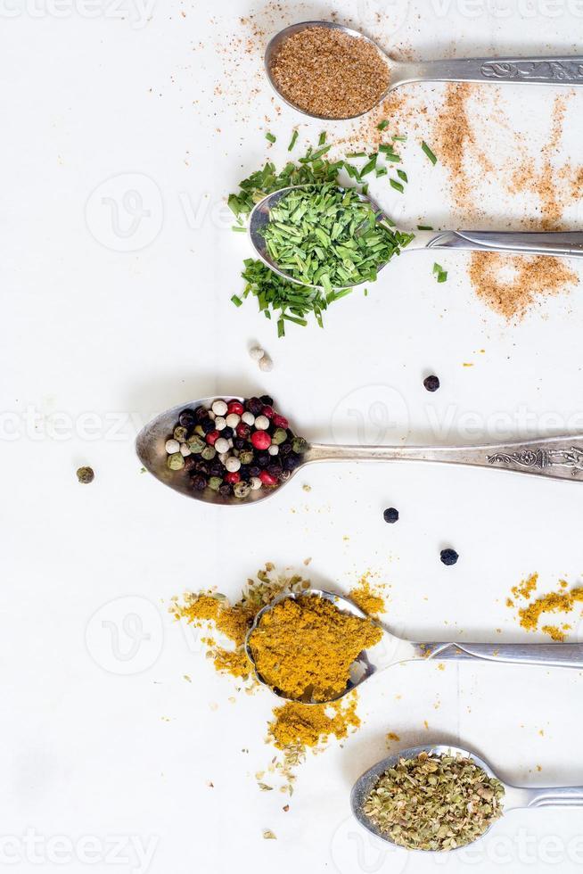 especias de cocina foto