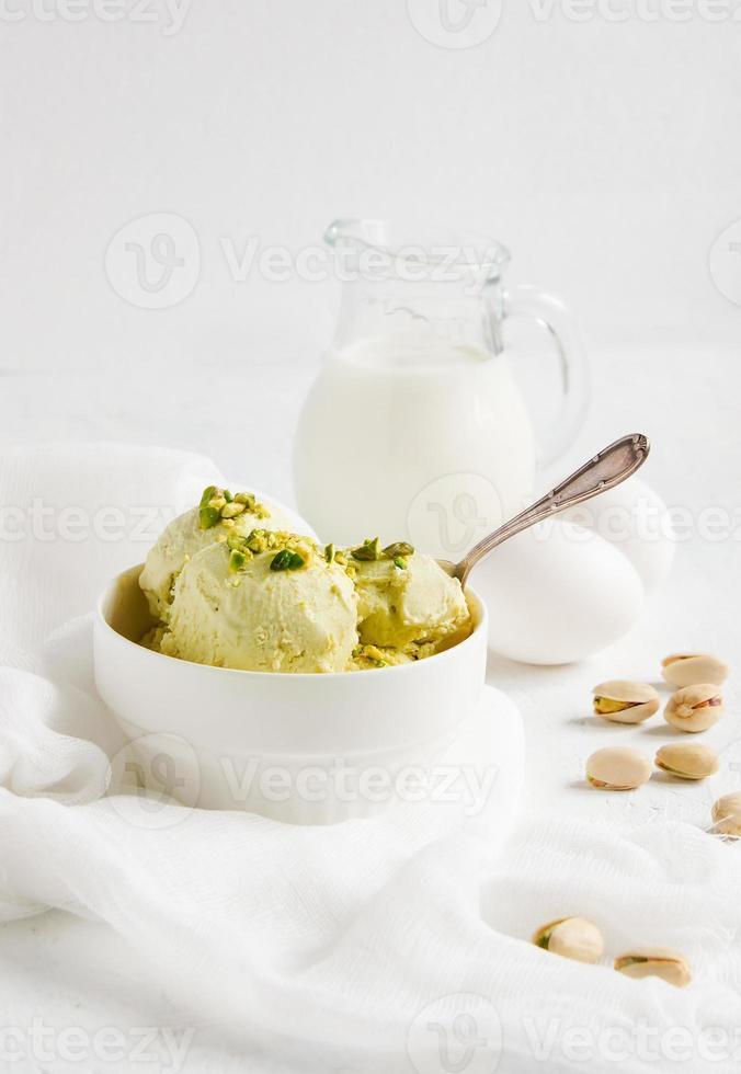 helado de pistacho casero foto