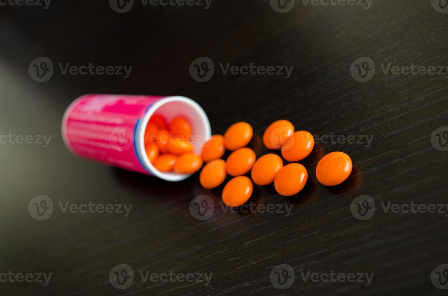 pils laranja fora da receita foto