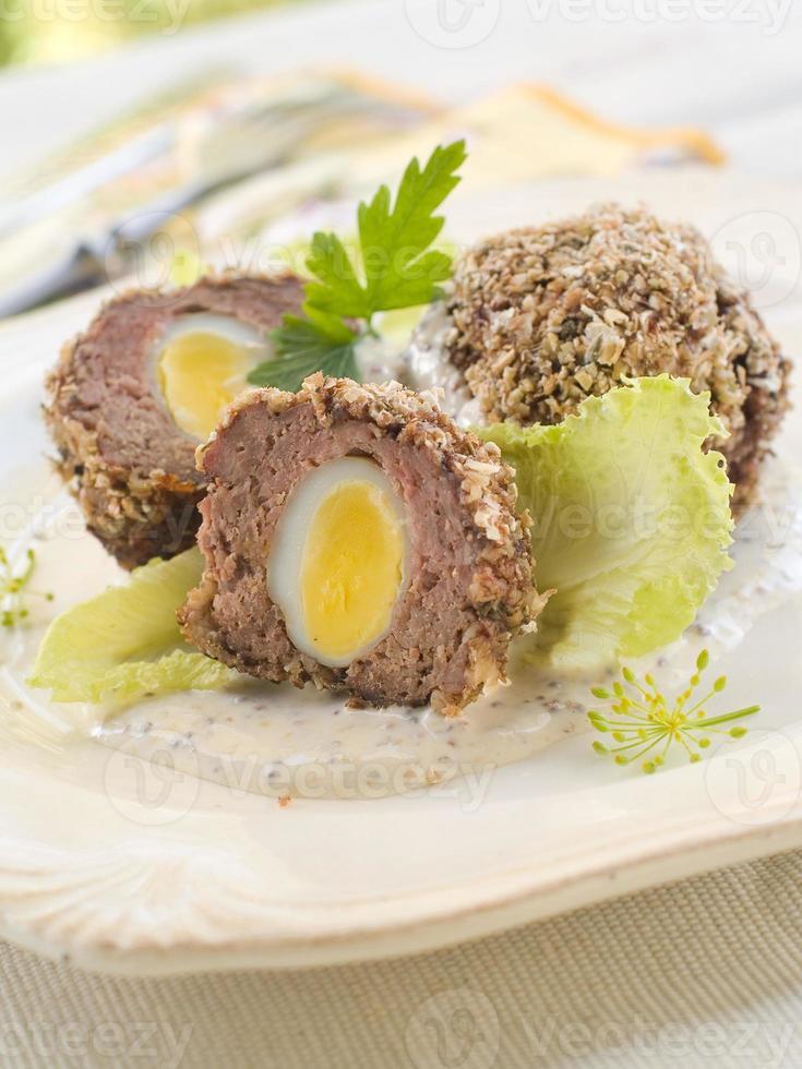 Huevos escoceses foto