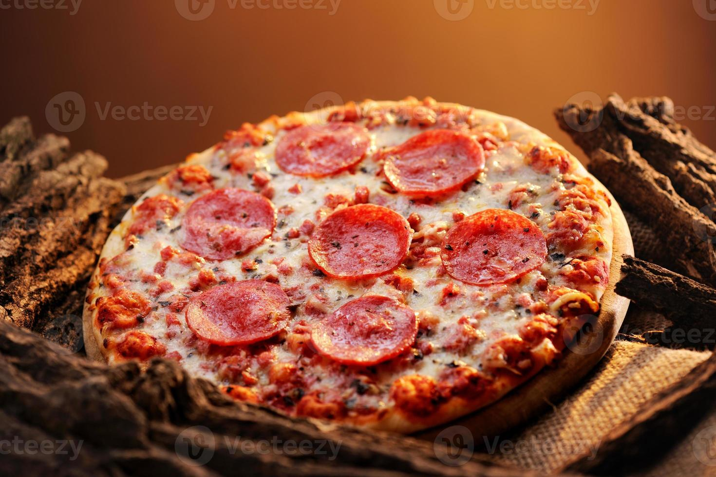 pizza de pepperoni foto