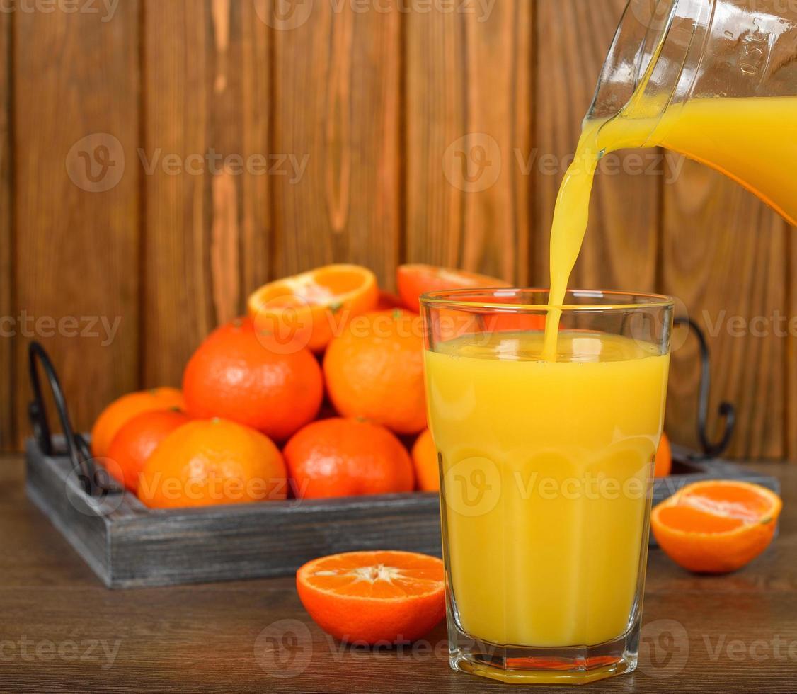 zumo de mandarinas foto
