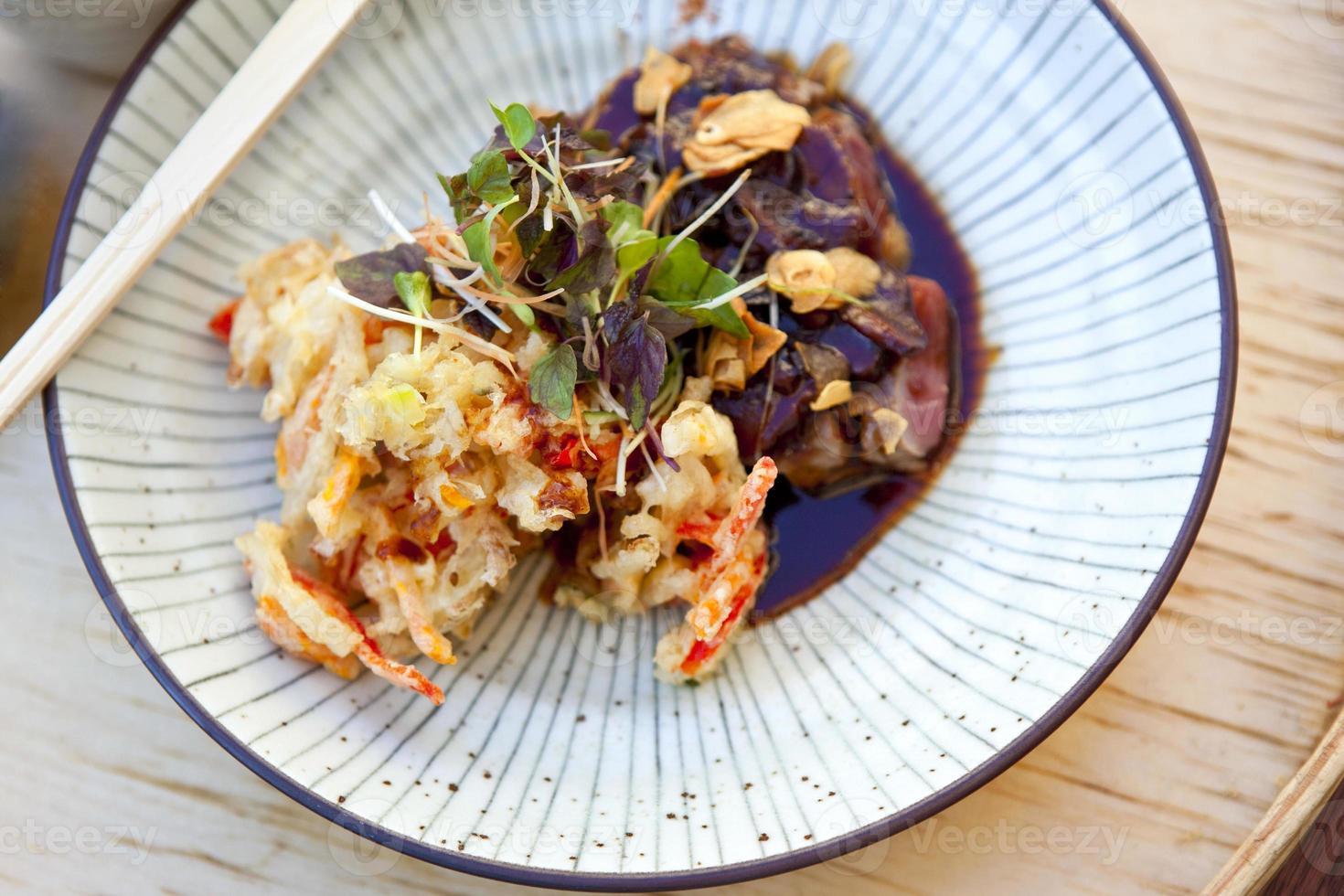 plato japonés foto