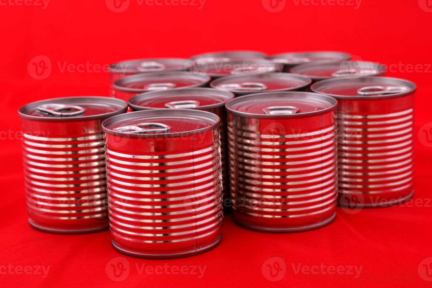 Cans photo