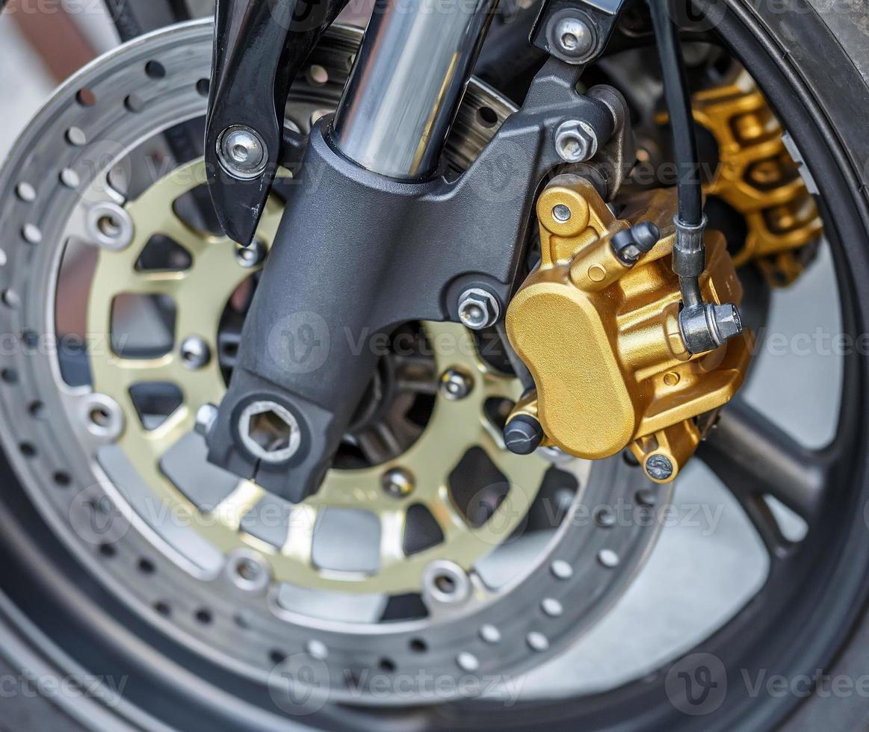 Fondo de freno de rueda de motocicleta en moto, rueda de motocicleta foto