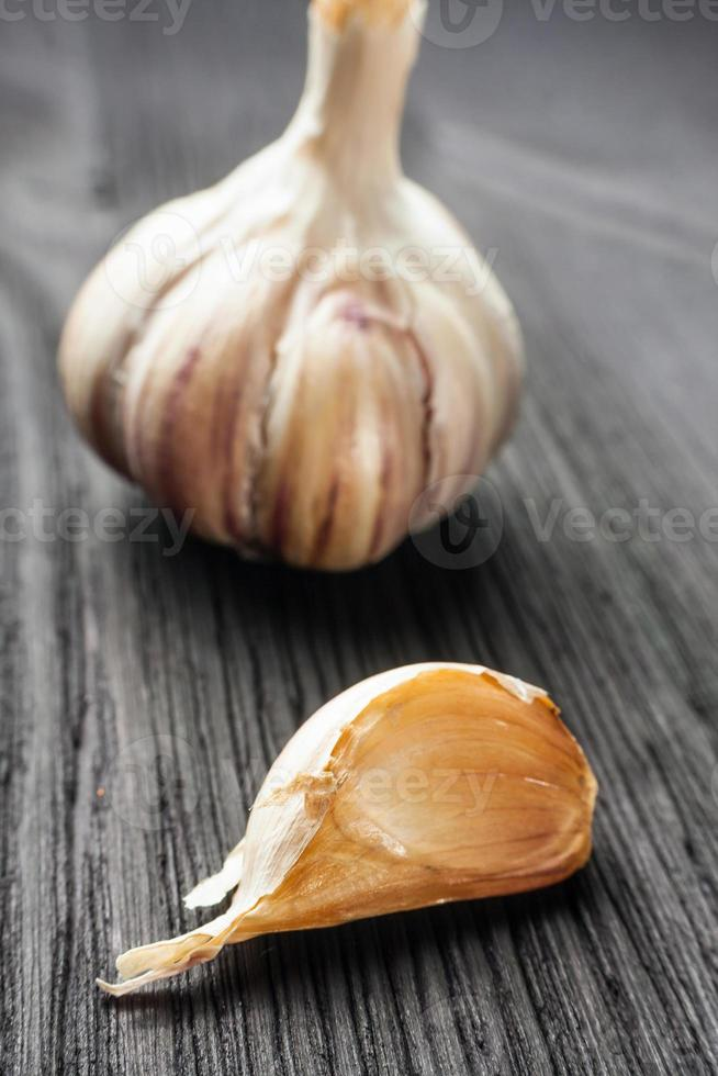 Organic garlic photo