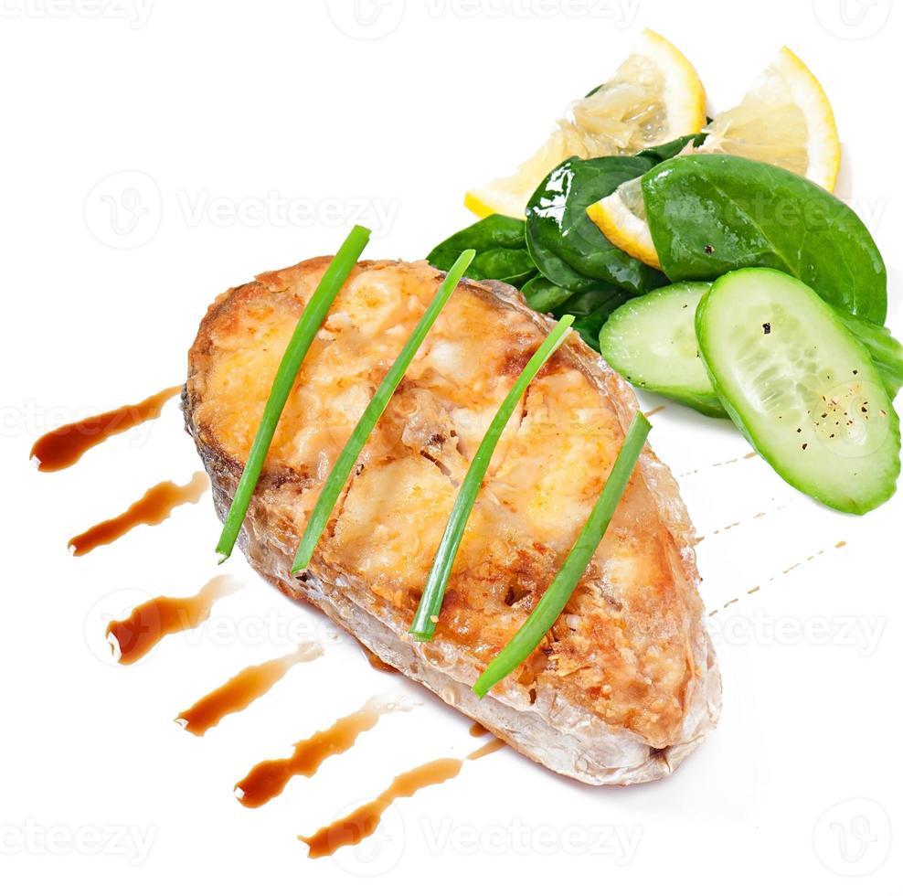 plato de pescado - filete frito foto