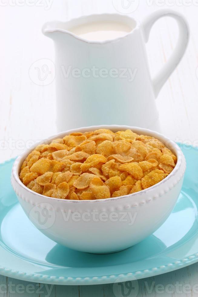 Healthy corn flakes breakfast photo