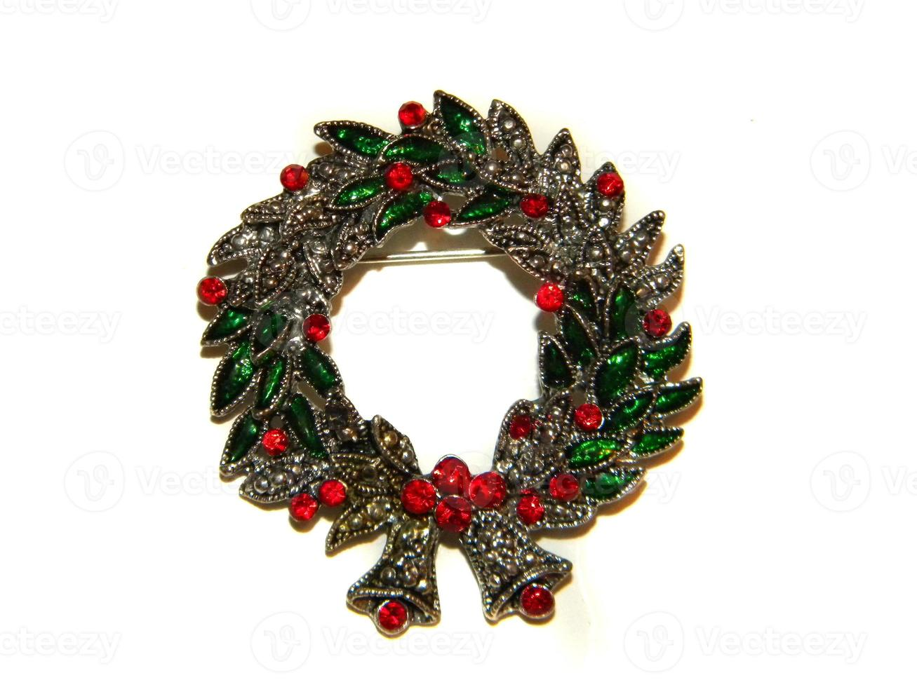 Christmas Wreath Pin photo
