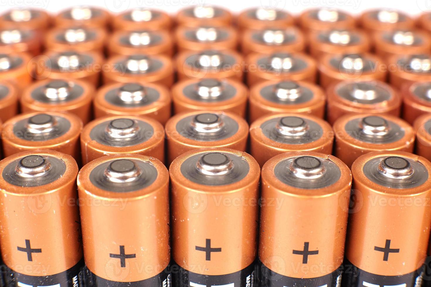 gouden batterijen in rijen foto