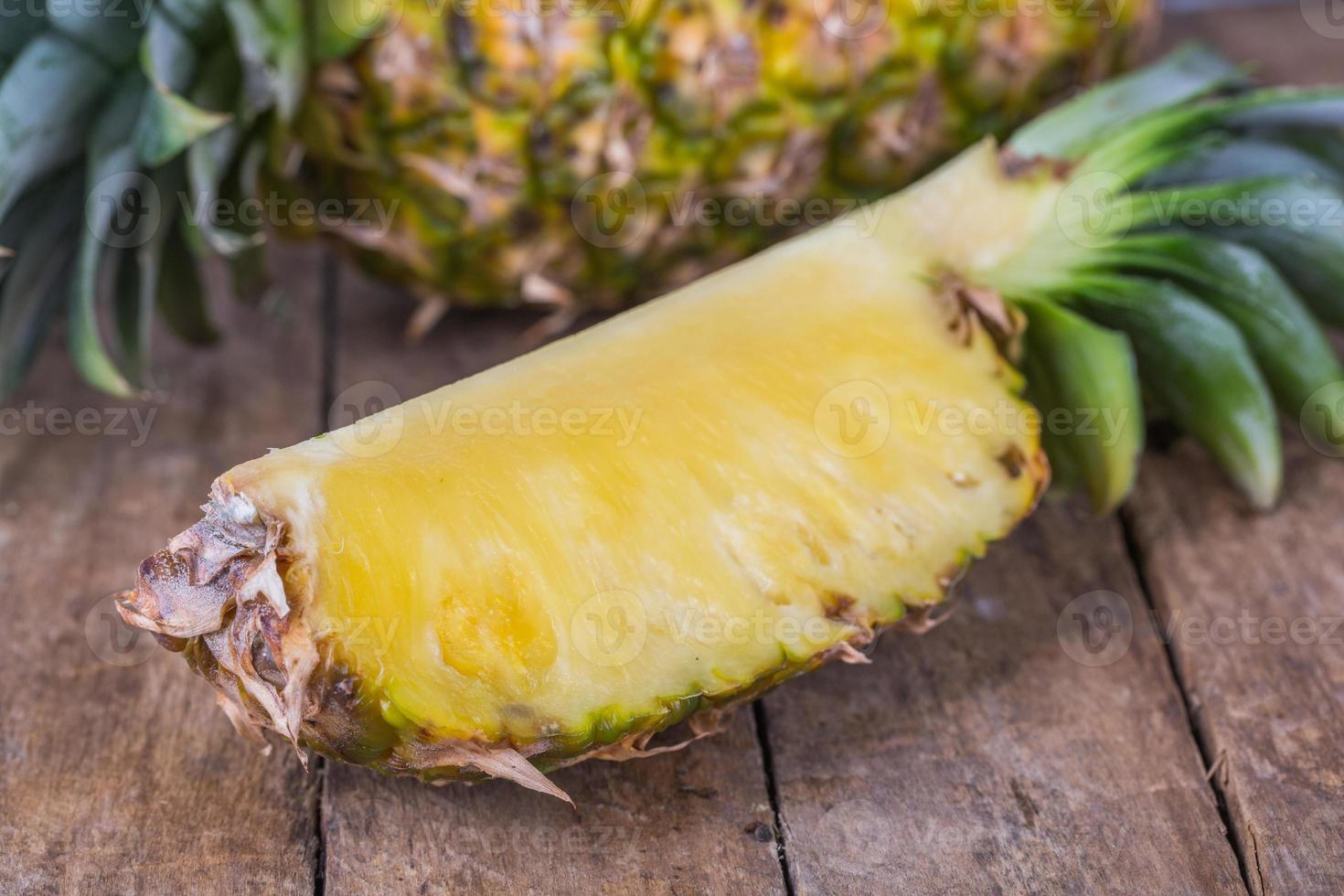 fresh pineapple photo