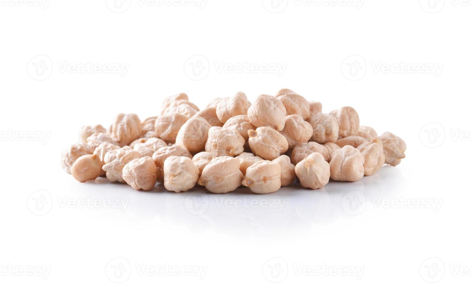 chickpeas isolated on white background photo