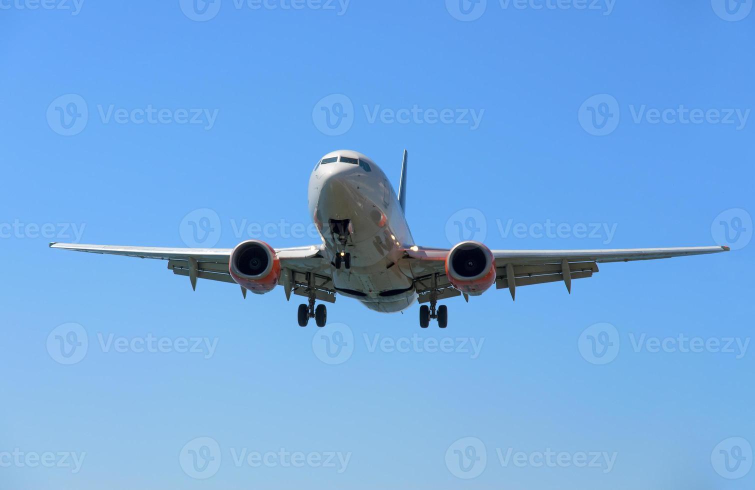 Airpane in flight photo