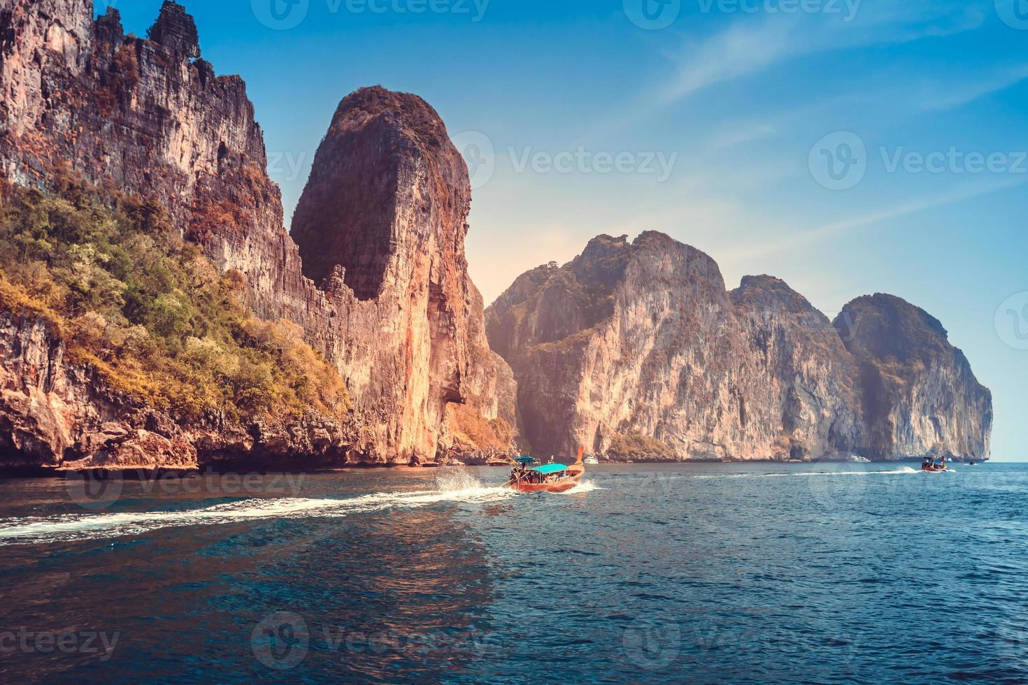 pintoresco paisaje del mar foto