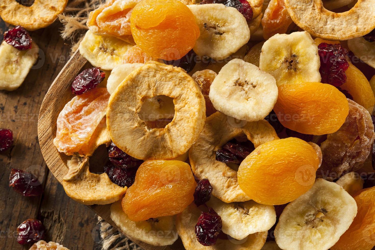 frutas secas surtidas orgánicas saludables foto