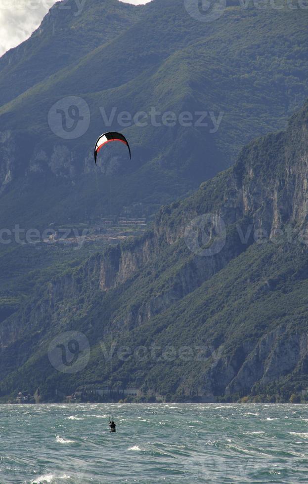 Kite-boarding, lake garda photo