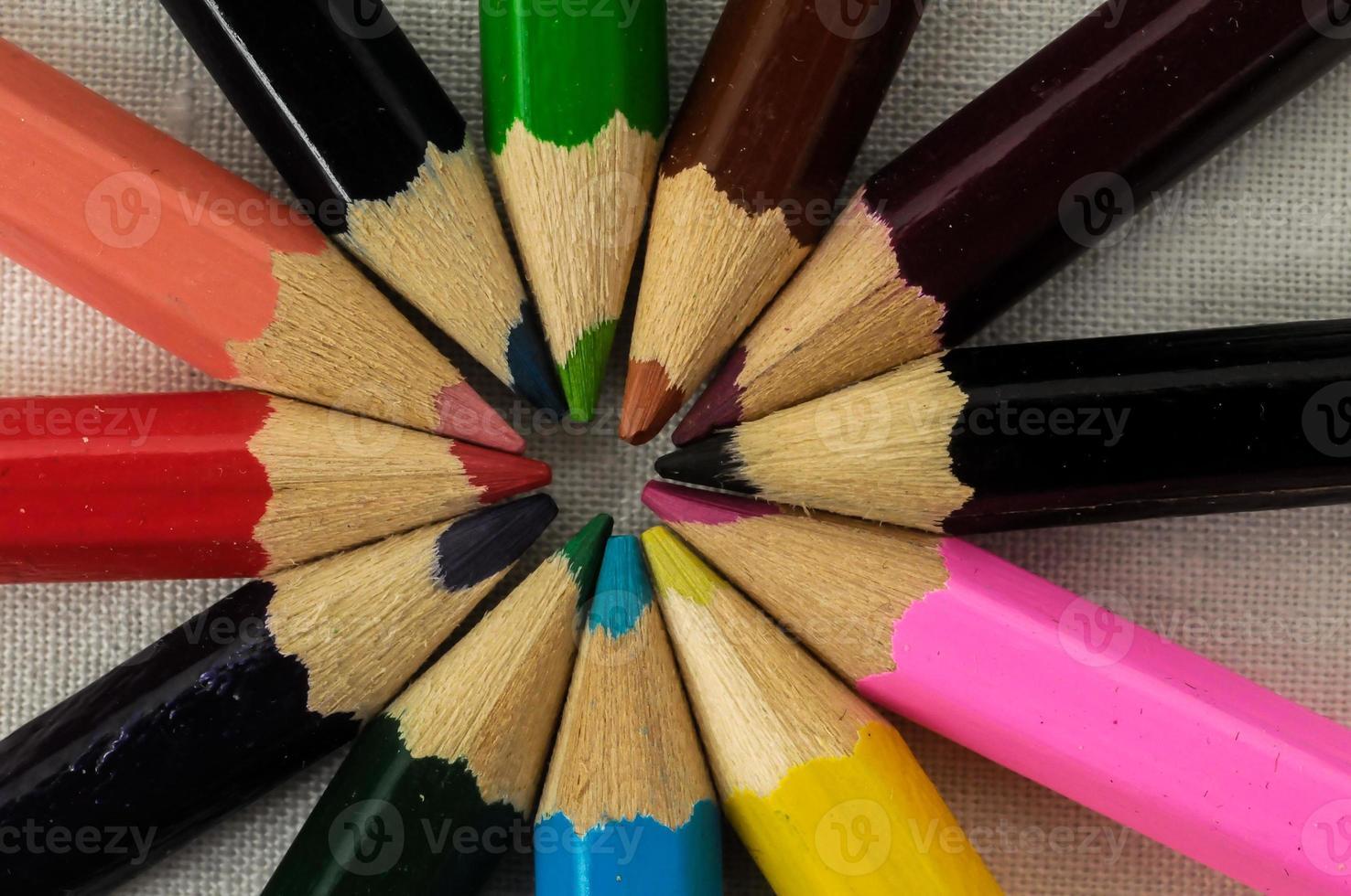 nuevos lápices de colores con textura foto