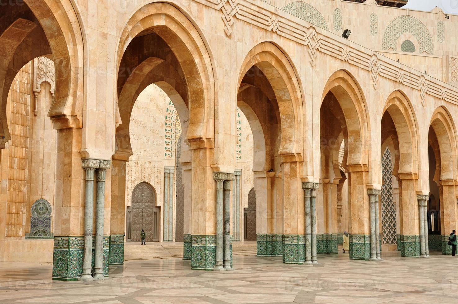 mezquita hassan ii en casablanca foto
