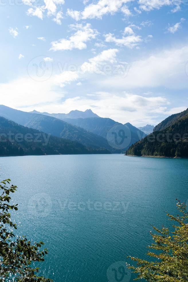 Sauris lake photo