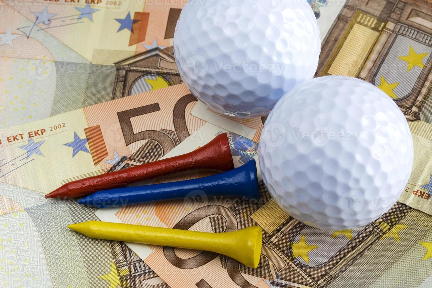 Golf & money photo