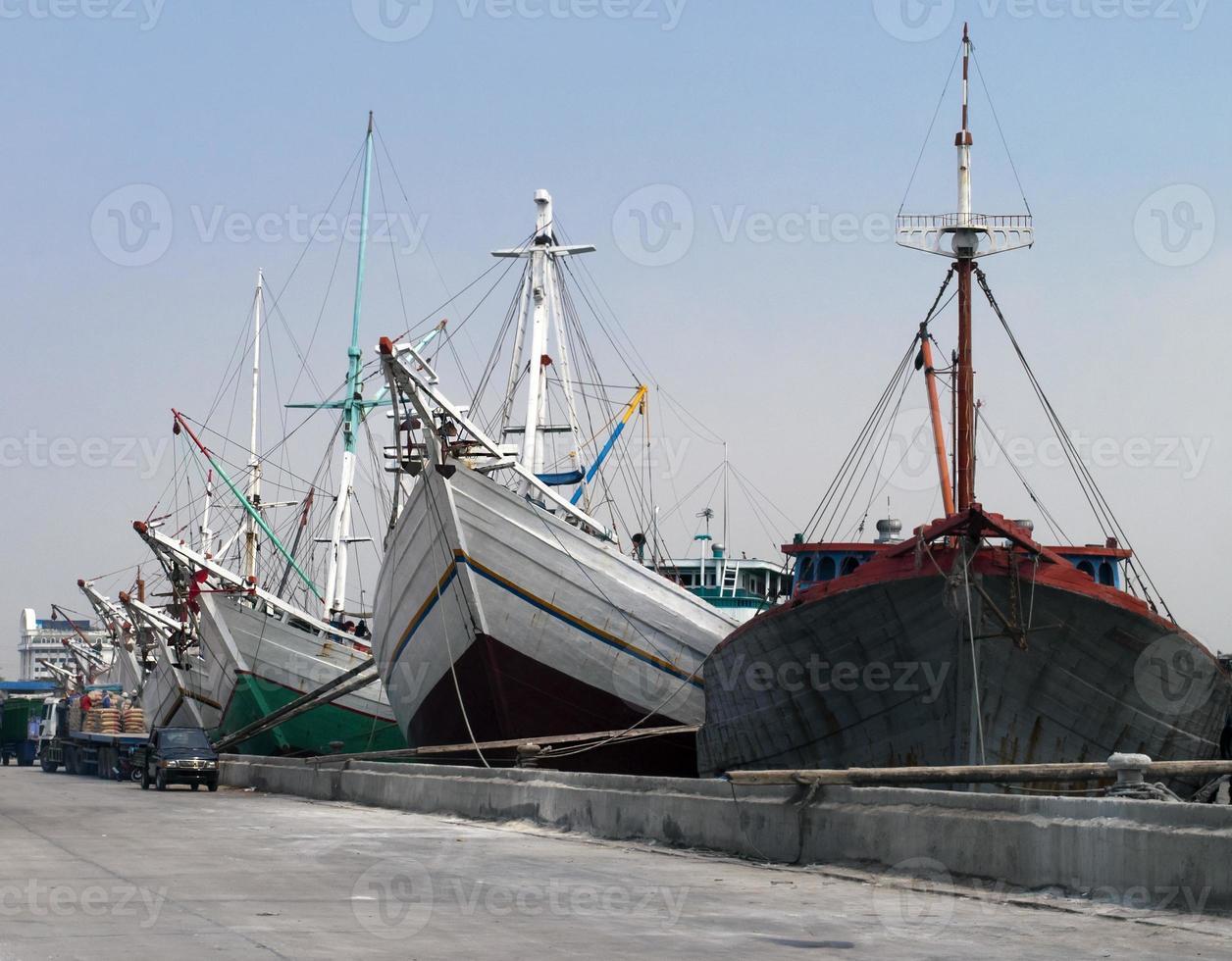 antiguo puerto de Yakarta foto