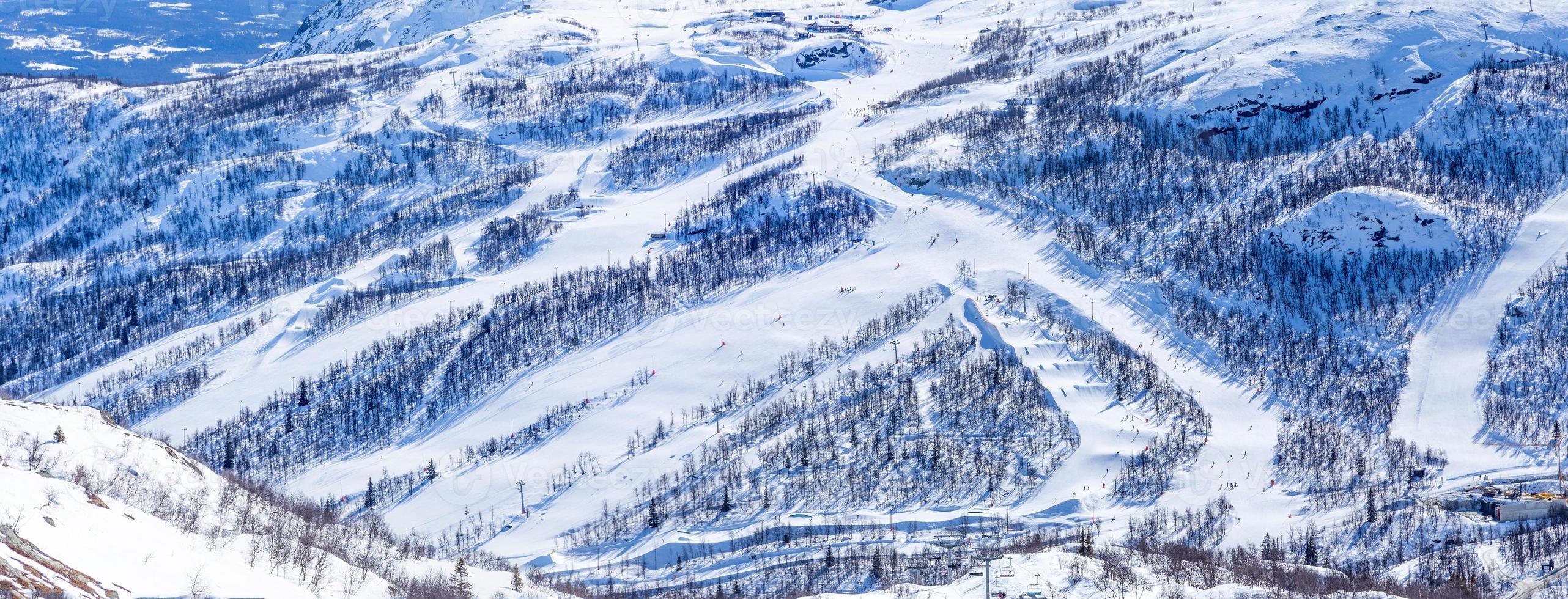 Ski slopes in Hemsedal photo
