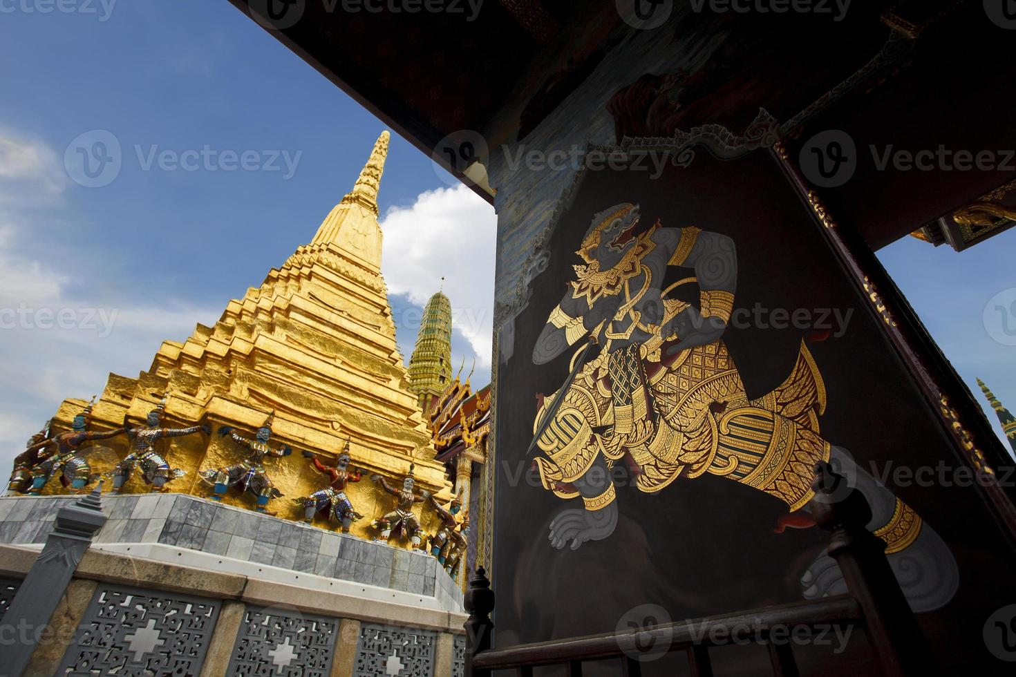 Painting at Wat Phra Kaew photo