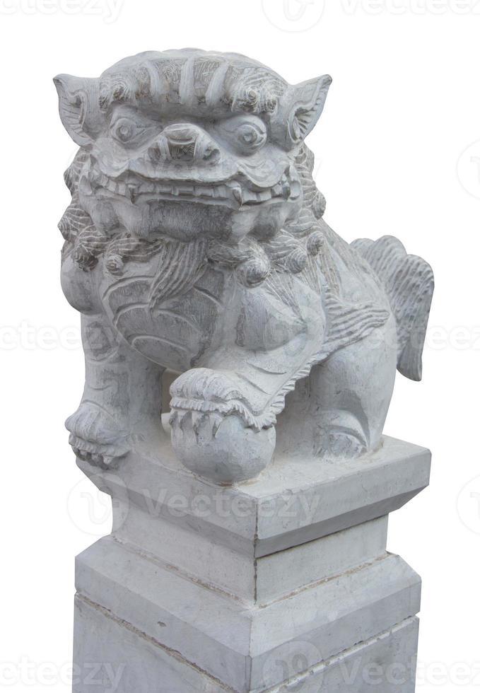 Pareja de piedra de león chino con trazado de recorte foto