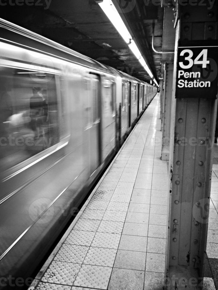Estación de metro de la calle 34 foto