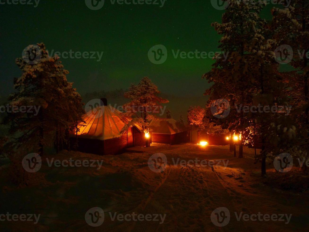 camp sauvage au clair de lune photo