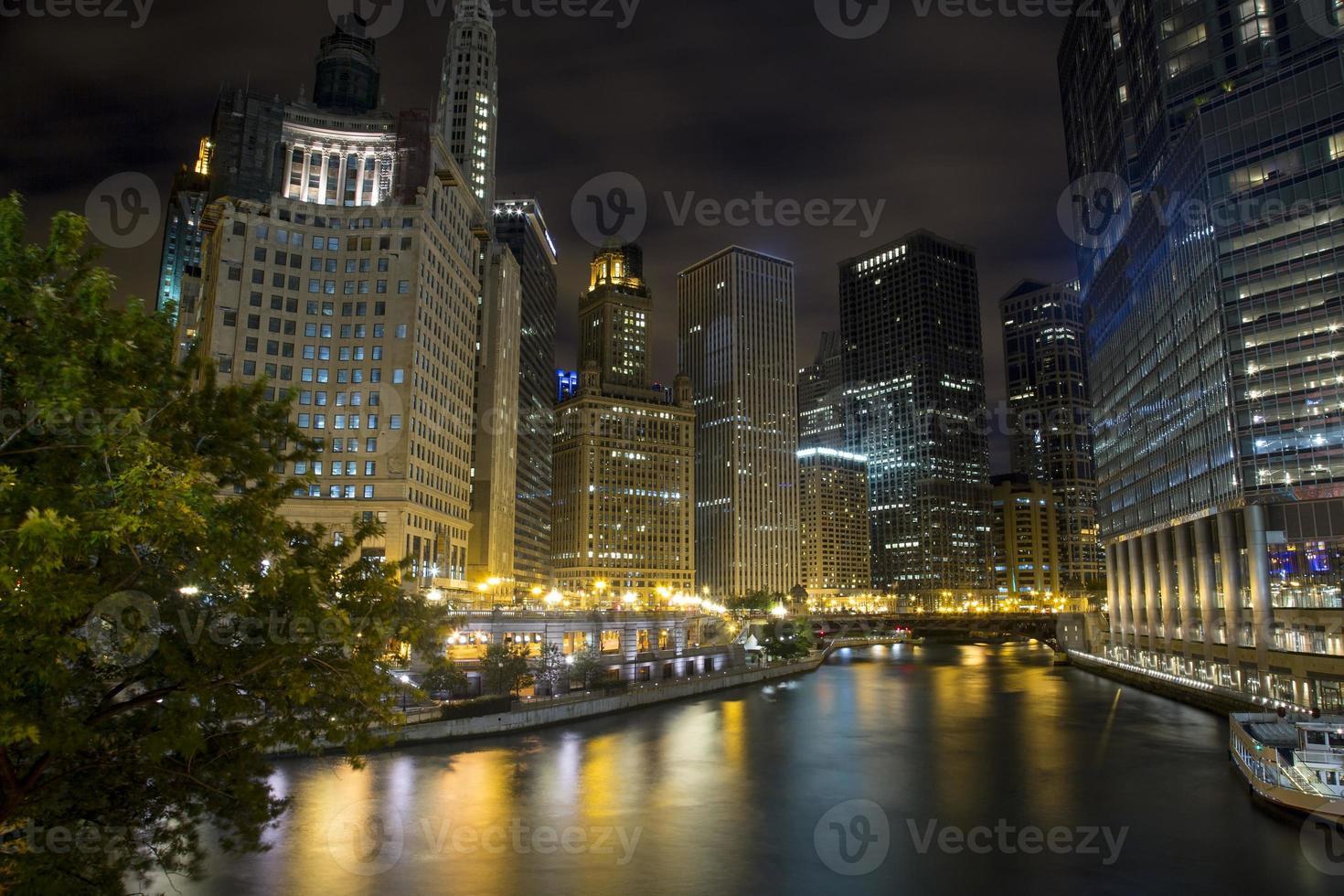 estados unidos - illinois - chicago, horizonte del río chicago foto