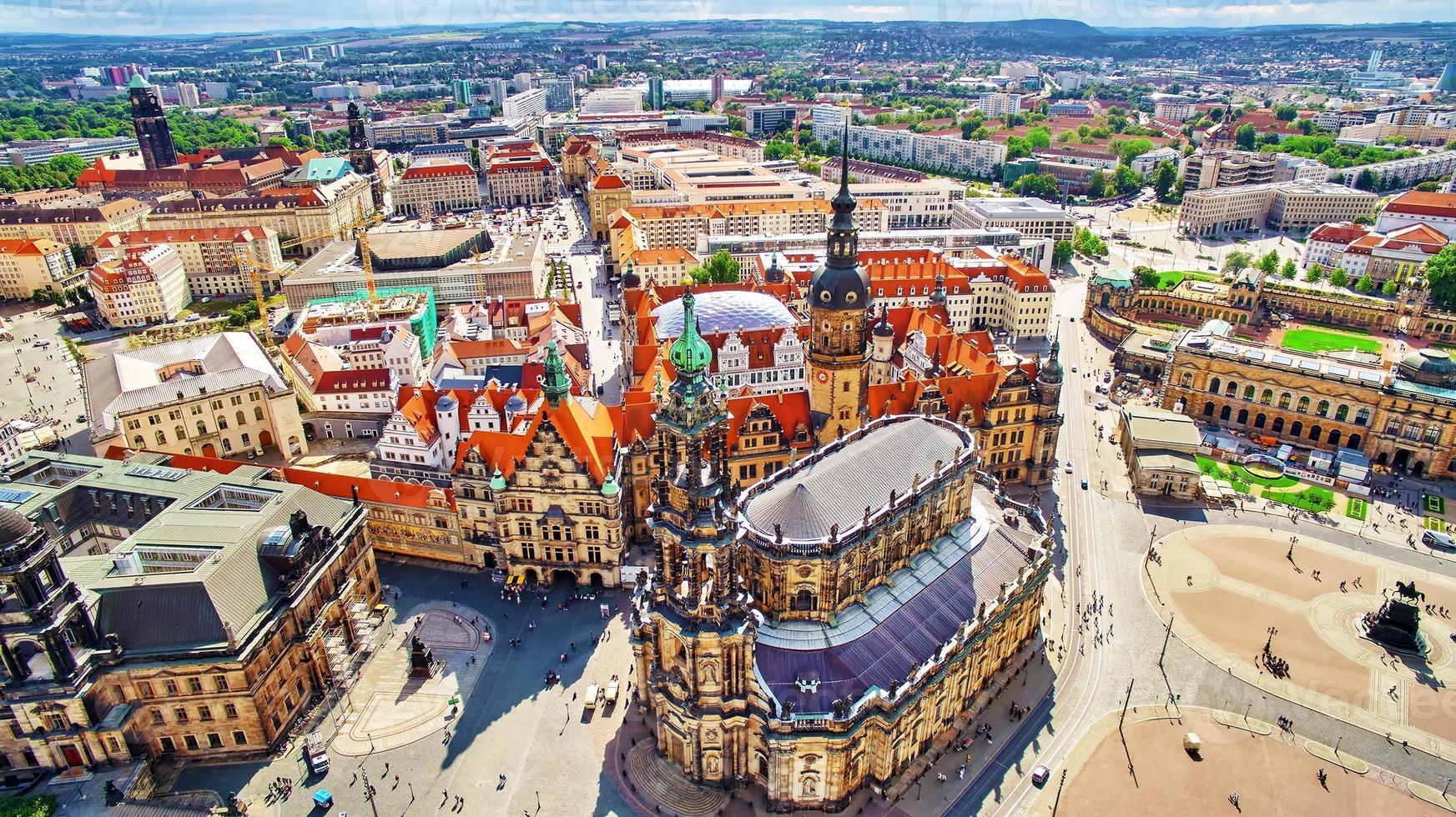 Centro histórico del casco antiguo de Dresden. foto