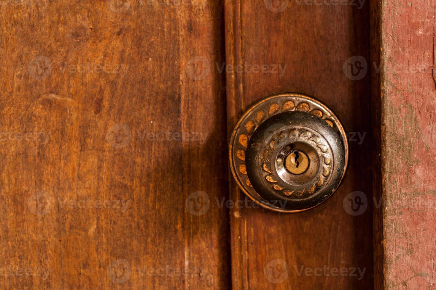 Antigua puerta de granero. foto