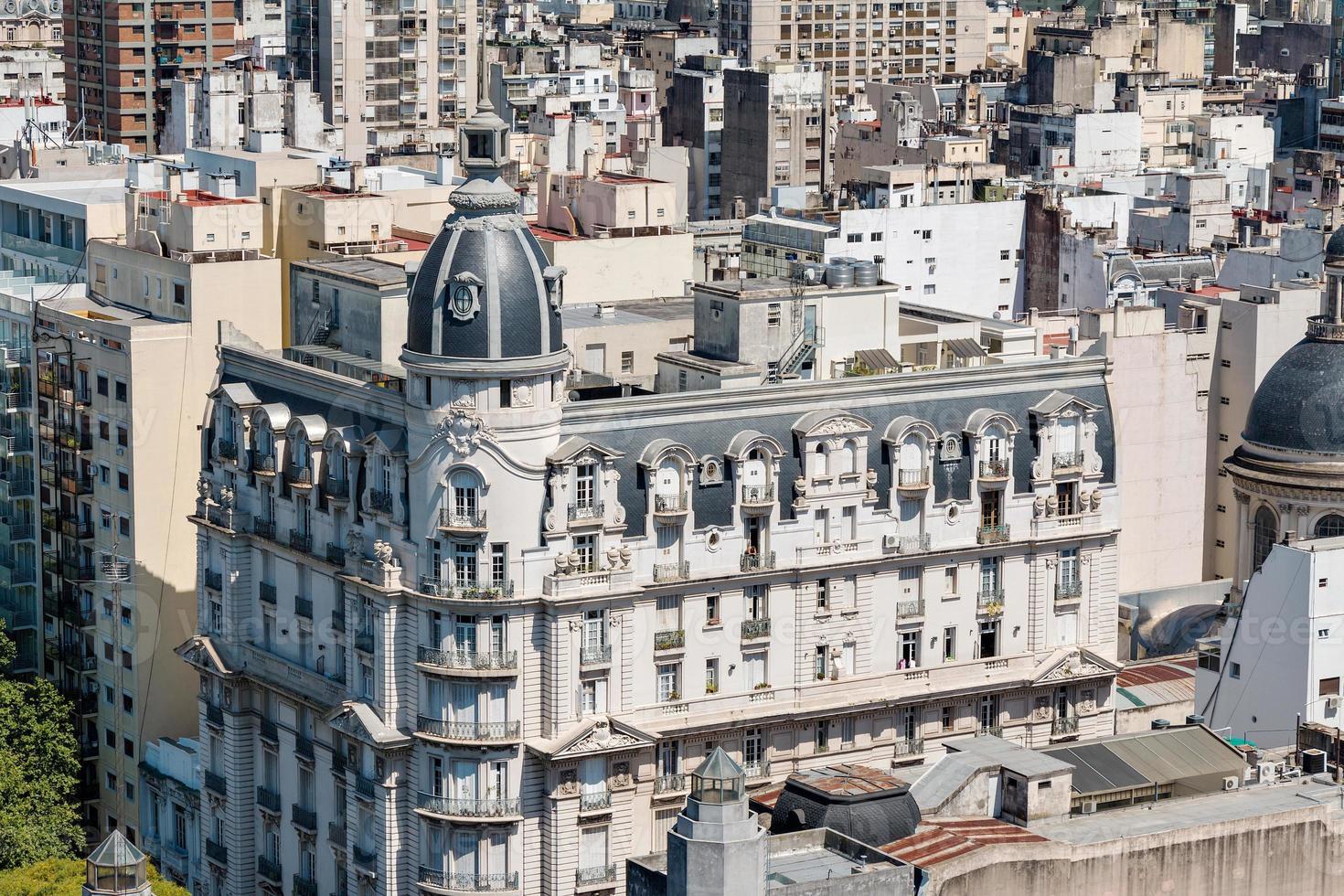 toits et coupoles, buenos aires argentine photo