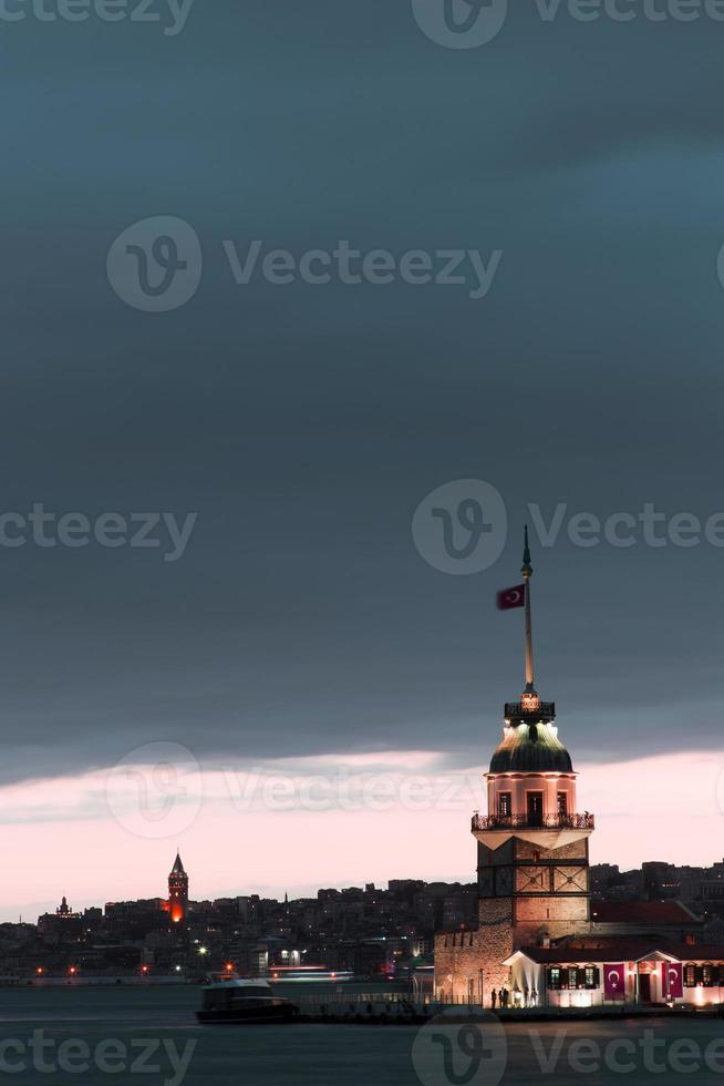 Istanbul Maiden Tower photo