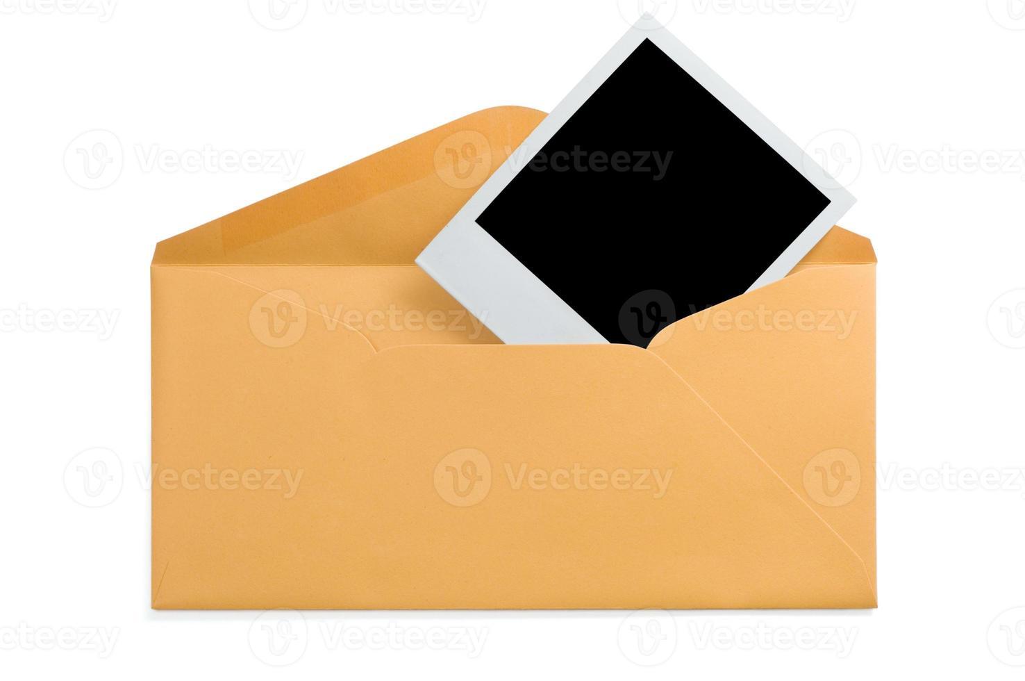 envelope e foto instantânea em branco (xl; caminho de recorte)