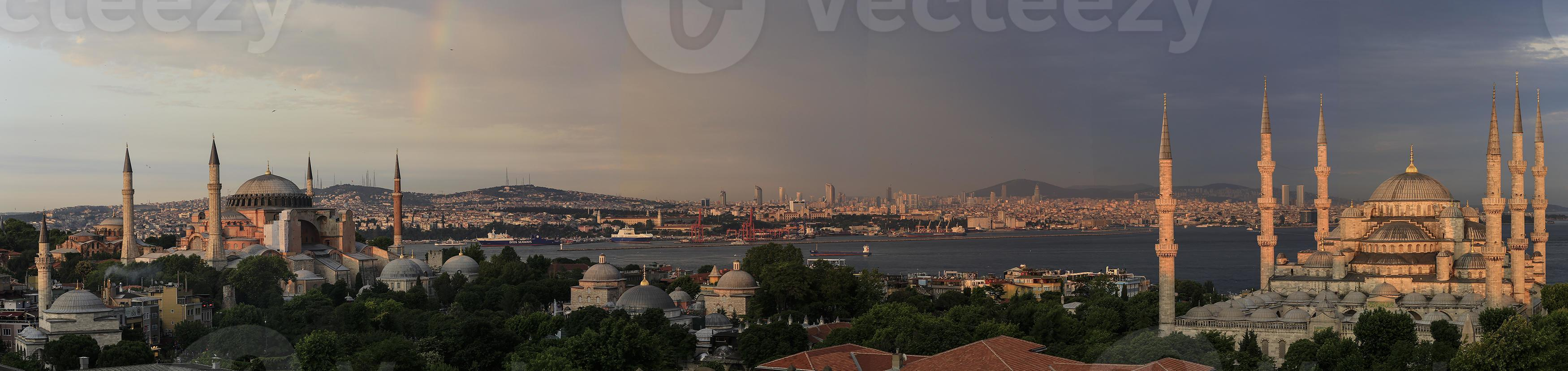 Sultan Ahmet mosque and Hagia Sofia photo