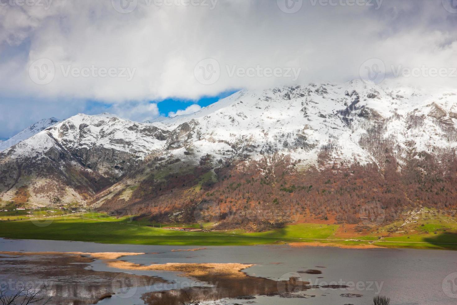 Lago del Matese photo