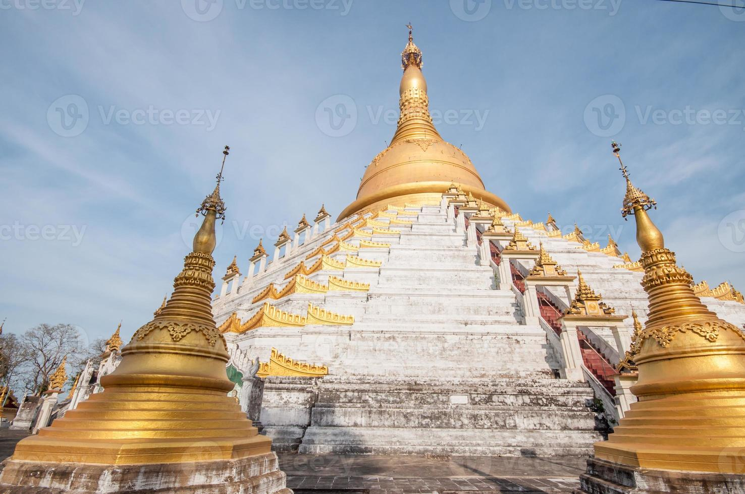 Myanmar pagoda photo