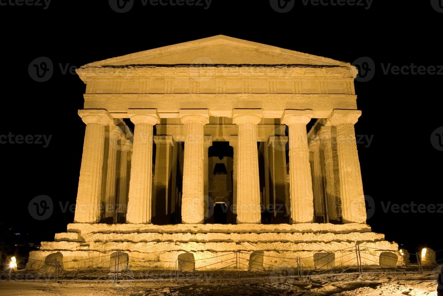 doric temple of Concordia in Agrigento (scene nocturnal) photo