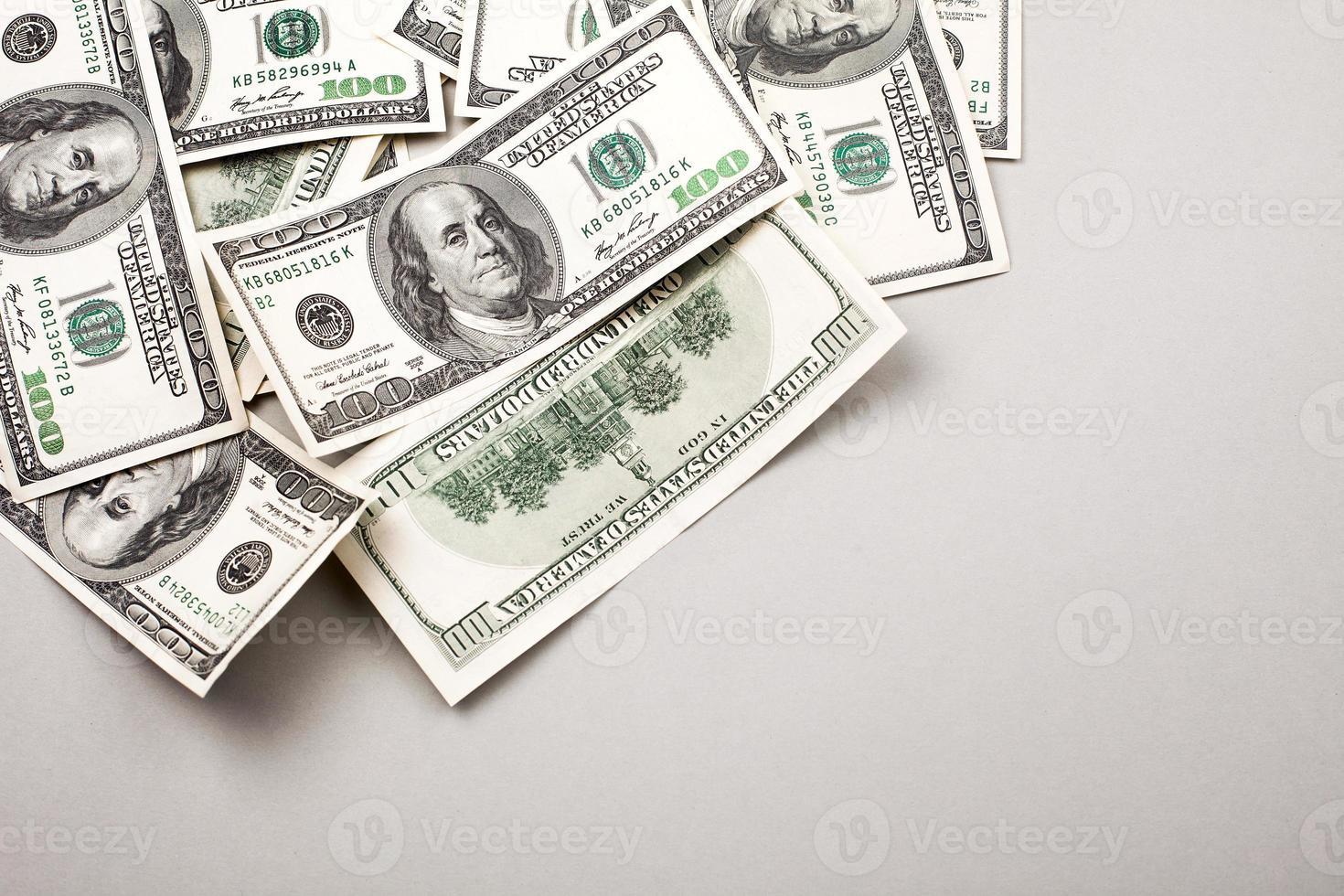 dinero billetes de cien dólares americanos foto